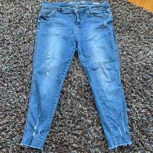 Seven7 Distressed Cropped Jeans